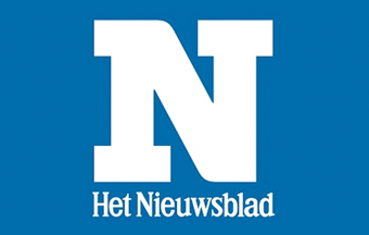 Nieuwsblad newspaper displayed on iPhone
